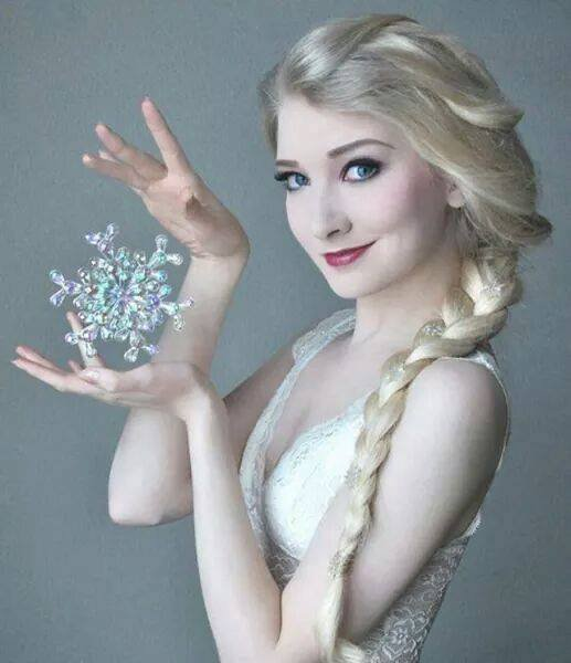 Cosplay Elsa... :)