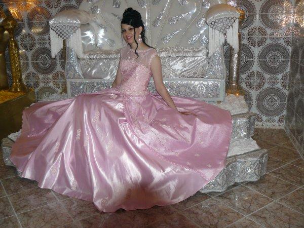 Robe princesse rose clair