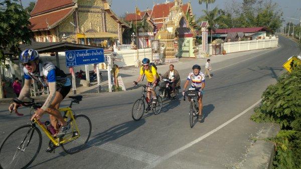 Notre trésorier sur les routes Thailandaise .