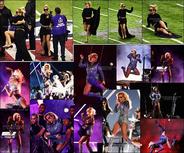 05/02/17 - Lady Gaga a performé à la mi-temps du célèbre Super Bowl dans le NRG Stadium de Houston.  Gaga devient la 2e meilleure mi-temps du Super Bowl avec 117.5 millions de téléspectateurs, derrière Katy Perry et ses 118.5 millions