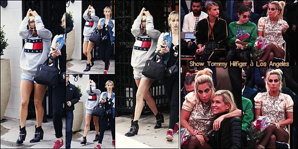 09/02/17 - Lady Gaga a été repérée sortant du salon de chirurgie esthétique Epione à Los Angeles, CA.  Je trouve cette tenue sympas, signée Tommy Hilfige qui nous rappelle le défilé d'avant-hier au quel elle a assisté. Ça sera un top pour moi !