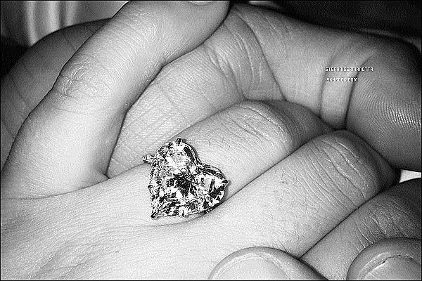 ► C'est officiel, Lady Gaga et Taylor Kinney se sont fiancés le jour de la Saint Valentin !