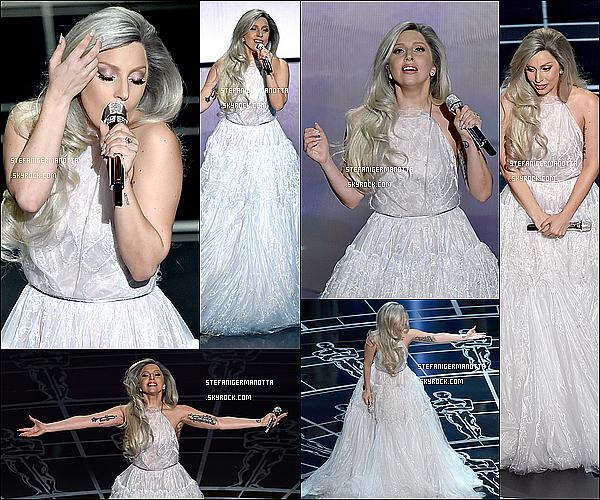 22/02/15 : Lady Gaga était à la cérémonie des Oscars, retrouvez les photos sur le tapis rouge.