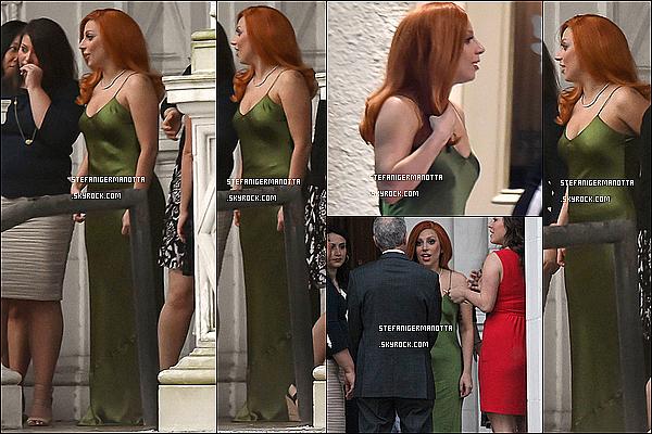 20/03/15 : Lady Gaga a été aperçue dans les rues de la Nouvelle Orléans en promenant Asia.