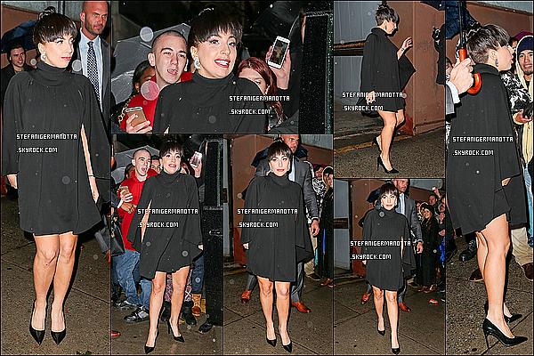 26/11/14 : Lady Gaga a été vue à la sortie des studios de l'émission The View dans New York.