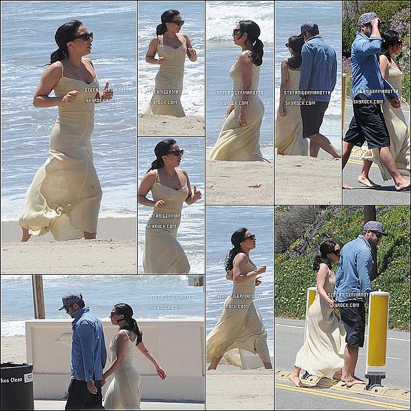 02/05/15 : Lady Gaga accompagnée de son boyfriend Taylor étaient sur la plage de Los Angeles.