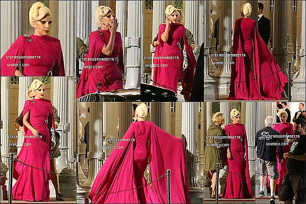19/08/15 : Lady Gaga était sur le set d'American Horror Story, le tournage a commencé le 10.