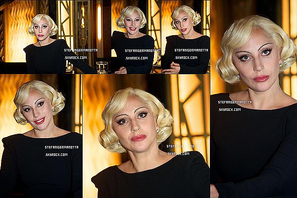 01/10/15 : Lady Gaga a fait une conférence de presse dans les studios de la chaine Fox à LA, CA.