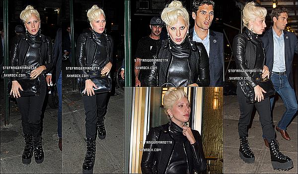 11/10/15 : Lady Gaga, accompagnée de Taylor, s'est rendue au restaurant Joanne Trattoria à N-Y.