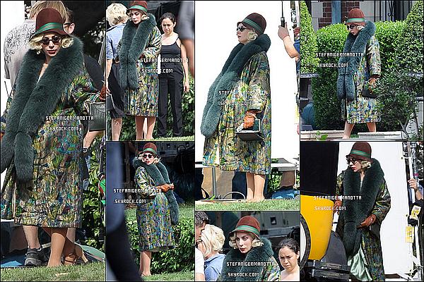 14/10/15 : Lady Gaga était sur le tournage d'American Horror Story : Hotel à Los Angeles, CA.