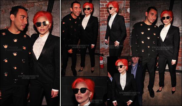 17/02/16 -Lady Gaga  était à son deuxième défilé, celui de son ancien styliste Nicola Formichetti à N-Y. Malgrés que Nicola F. ne soit plus son styliste, ils sont restés amis, c'était donc évidant de retrouver Gaga à son défilé pour le soutenir...