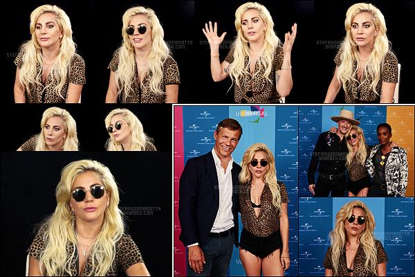 08/09/16 - La chanteuse Lady Gaga s'est rendue à une interview pour LN Online, toujours dans Berlin.  Gaga s'est aussi rendue à une deuxième interview pour Universal Music Deutschland. Retrouvez les photos de l'entrevue ci-dessous :