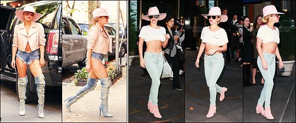 24/10/16 - Lady Gaga quittant le restau Joanne Trattoria pour aller au mémorial de John Lennon - N-Y.   Puis, la chanteuse a été photographiée arrivant aux studios de Howard Stern et quittant son appartement dans New York. Trois tops !