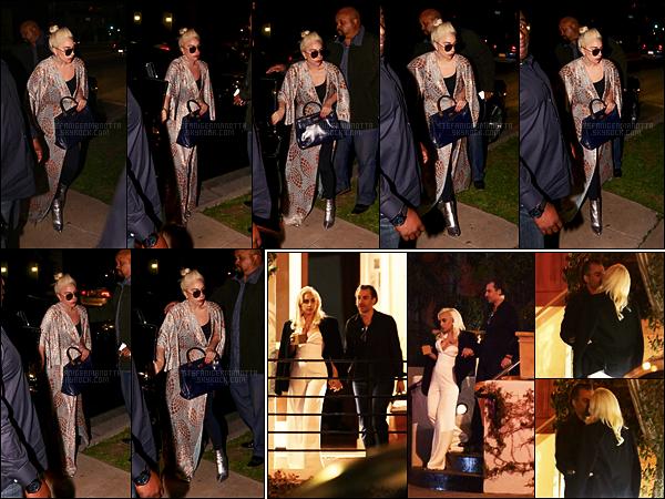 03/03/17 - Dans la soirée, Lady Gaga a été photographiée dans les rues du quartier de Beverly Hills, -LA.  Quelques jours après, le 05/03, Gaga a été aperçue sortant de l'hôtel Sunset Tower avec son nouveau boyfriend à Hollywood, calif.