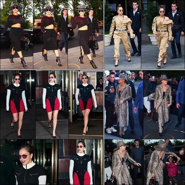 15/05/17 - Lady Gaga a été photographiée dans les rues puis sortant son appartement à New York City.  Plus tard, elle a encore été vue sortant de chez elle à New York et y rentrant dans la soirée, des fans l'attendaient comme à chaque fois !