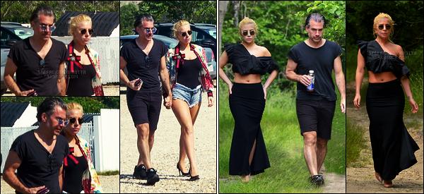 21/06/17 - La belle Lady Gaga et son boyfriend Christian allant à un restaurant sur l'île de Long Island. Le lendemain, Gaga a été une nouvelle fois vue avec Christian ! Une tenue qui change un peu de d'habitude, on apprécie, c'est un top !
