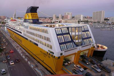 Mega express two corsicaferries source - Port toulon corsica ferries ...