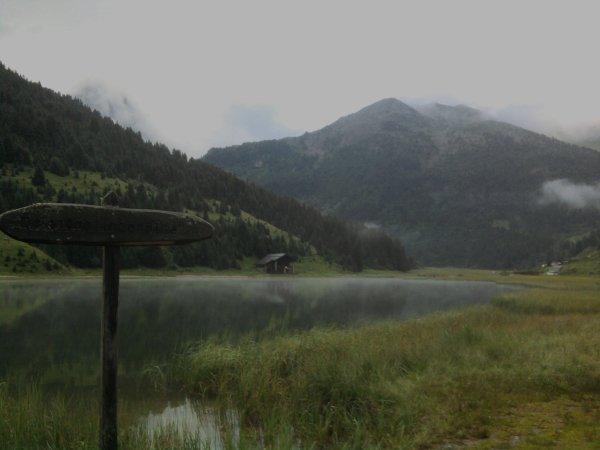 Le long du lac de Tuéda