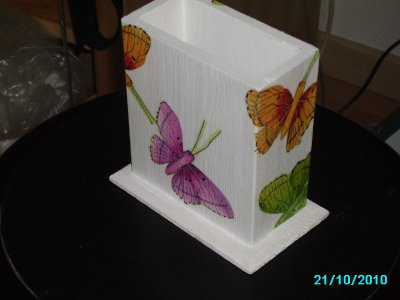 pot a crayon papillons ! peut refaire sur commande !