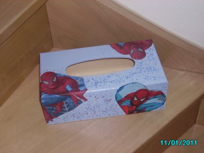 voici les boites a mouchoirs que j'ai fait cette semaine !