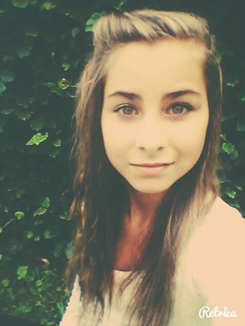 ~On dit souvent, si il t'aime, il reviendra. Mais si il t'aimais vraiment, il ne serais jamais parti.