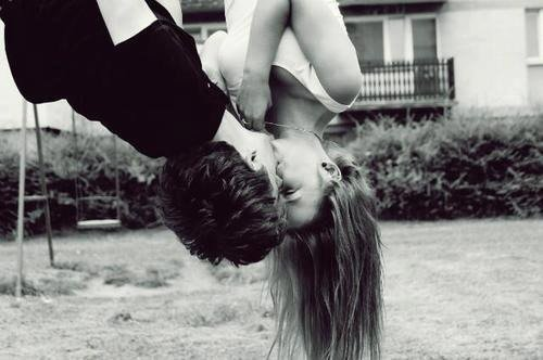 Je fermais les yeux sur tes erreurs jusqu'au jour ou j'ai réaliser que t'aimer en était une .