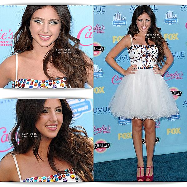 11/08/13 - Ryan Newman était présente aux Teen Choice Awards 2013, elle était magnifique