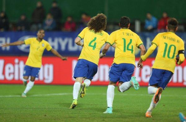 Le Brésil enchaine