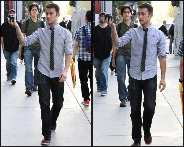 "20 Septembre - Los Angeles : ""Tu me prends en photo ? J'te film"""