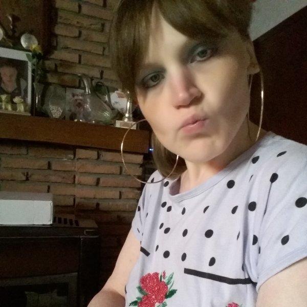 nadine-stephanie  a fêté ses 32 ans le 22/07/2018, pense à lui offrir un cadeau. Samedi 21 juillet 2018 08:33