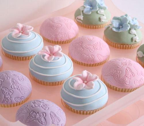 Sur les gâteaux */////*