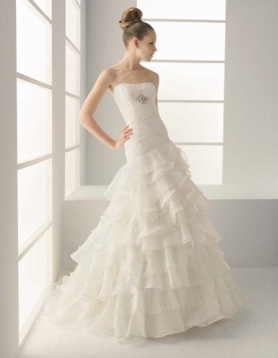 who have perfected wedding dresses 2011