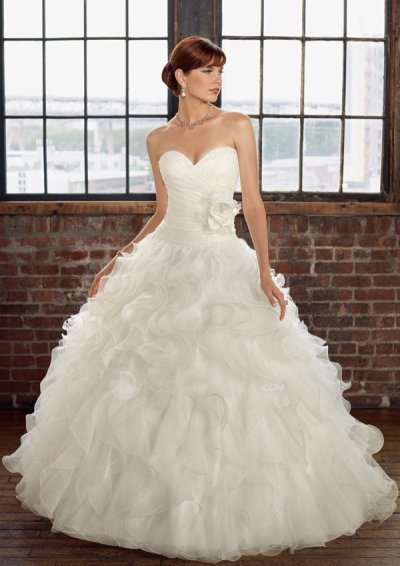 2011 Affordable Wedding dresses Ideas & cheap wedding gowns