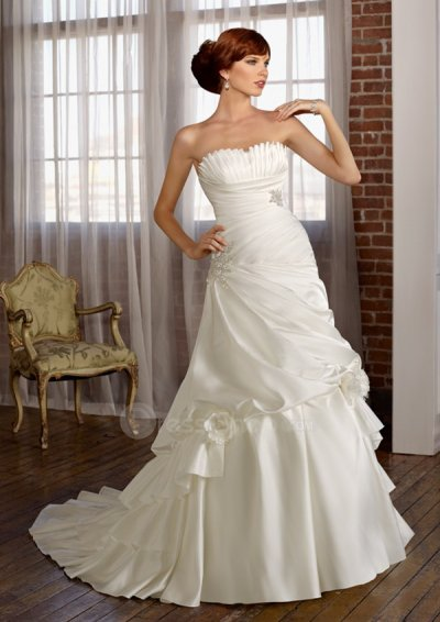 How you choose 2011 wedding dresses