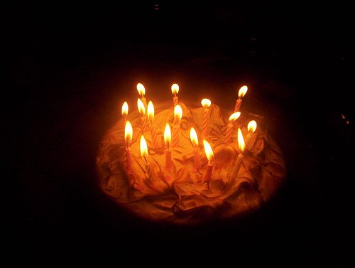 pu-ceau096  fête ses 23 ans demain, pense à lui offrir un cadeau.Aujourd'hui à 19:51