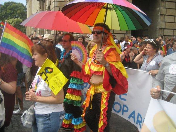 gayboy050  a fêté ses 56 ans le 22/07/2017, pense à lui offrir un cadeau.Vendredi 21 juillet 2017 21:25
