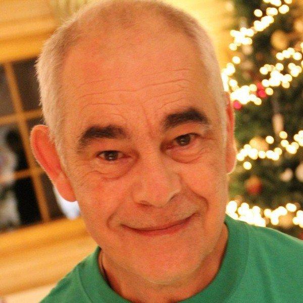 milou-monbard  fête ses 60 ans demain, pense à lui offrir un cadeau.Aujourd'hui à 20:09