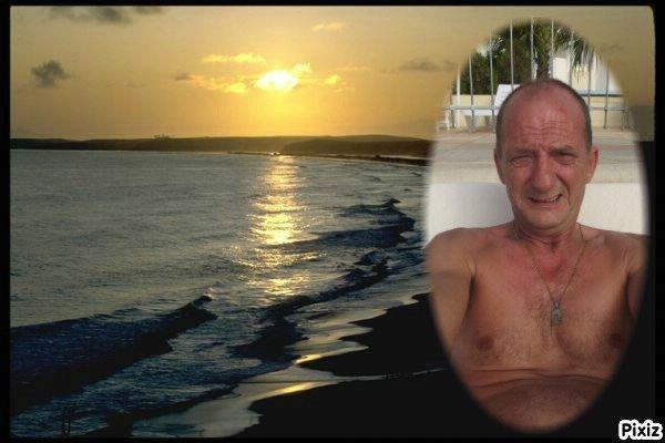 eurolive58  fête ses 63 ans demain, pense à lui offrir un cadeau.Aujourd'hui à 20:09