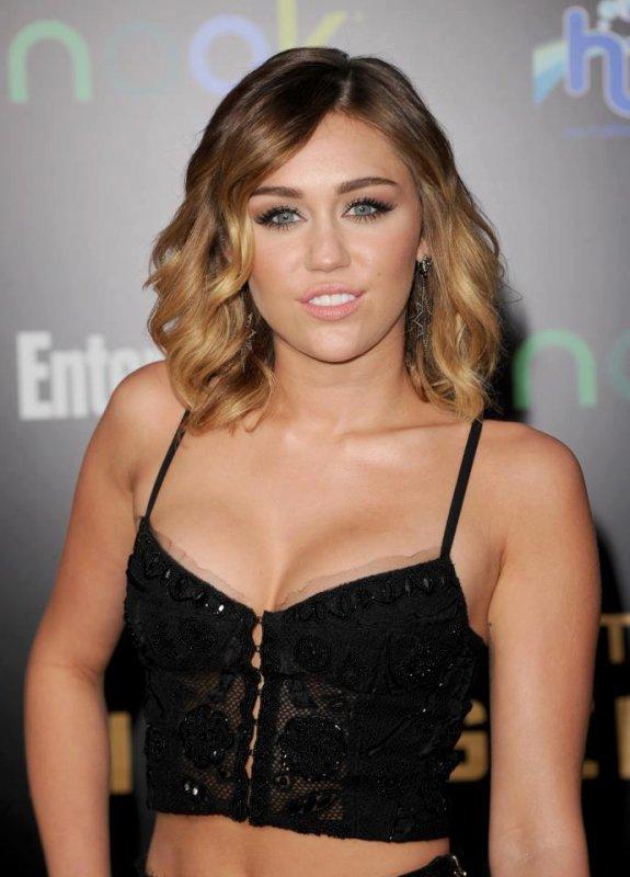 Miley Cyrus à l'avant- première de Hunger Games