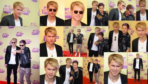 Spoiler + Nouvelle promo + Mtv Video Music Awards