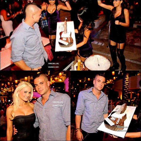 . 17/08/2011 - Mark a fêter son anniversaire à la discothèque Marquee avec Cory Monteith..