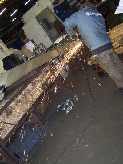 LE ROND POINT ABBÉ PIERRE (début de la réalisation) atelier  BRIONNE INDUSTRE Naintré 86530  (CONCEPTION de PATRICIA BERTHIN et ALAIN DONNADIEU