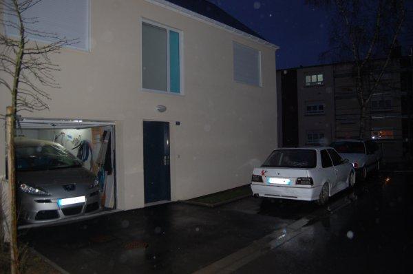 petite photo de la 207 dans mon garage