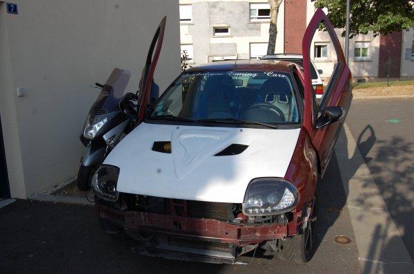 LAMBO SUR CLIO 2