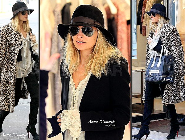 .MARCH 4TH, 2011 - NICOLE, DOING SHOPPING IN PARIS DURING THE AFTERNOON .