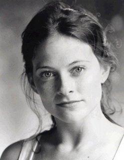 Irène Adler - Lara Pulver