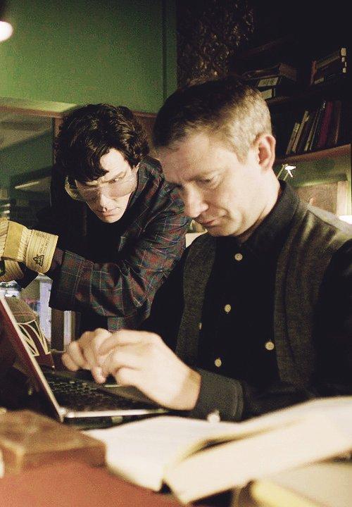 petit jeu bête: combien de sorte de cendres de cigarettes Sherlock a-t-il classées ?