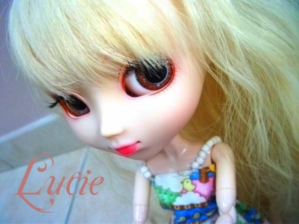 Lucie ; new yeux *-*