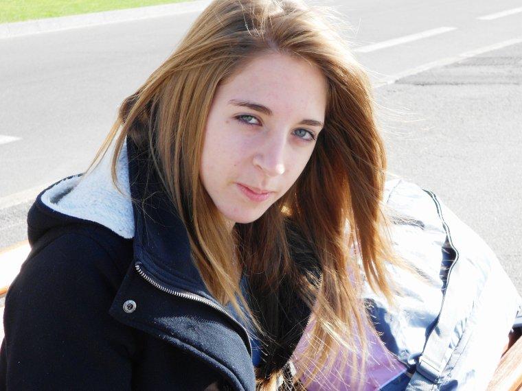 ♥.Emma, 16 ans, Célibataire, Bisounours.♥