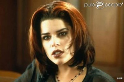 Neve Campbell in Sex Crimes
